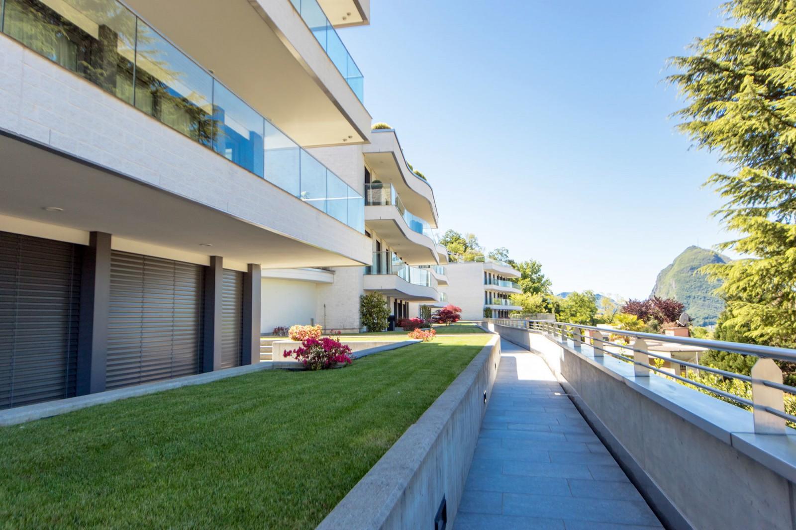 Stunning Residence Le Terrazze Alba Adriatica Contemporary - Idee ...